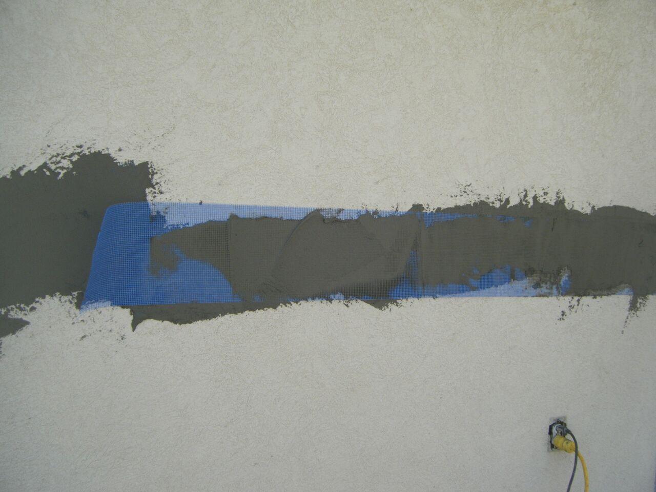 stucco-cracks-ram-2